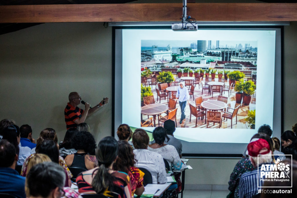 Marcelo Kozmhinsky palestra Seminario Pernambuco Paisagismo divulgação 1024x683 - Atmosphera realiza Seminário sobre jardins do futuro