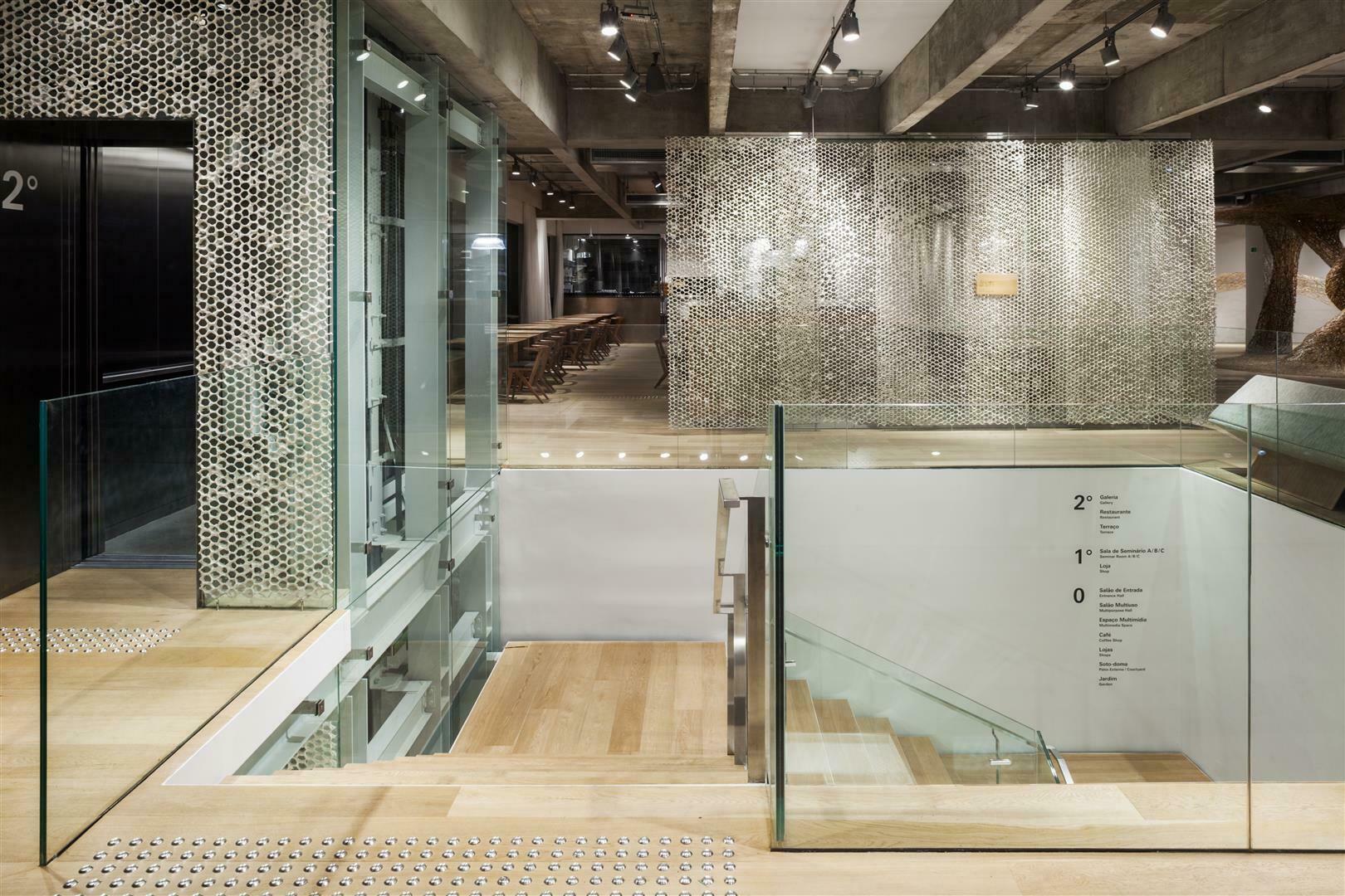 JAPAN HOUSE Kengo Kuma - Japan House recebe prêmio Prix Versailles