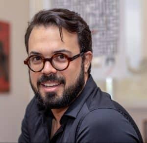 2018 04 04 Retrato Diogo Viana @JOÃO PEDRO 2505 e1528898684106 300x293 - Design Week Milão 2018 por Diogo Viana