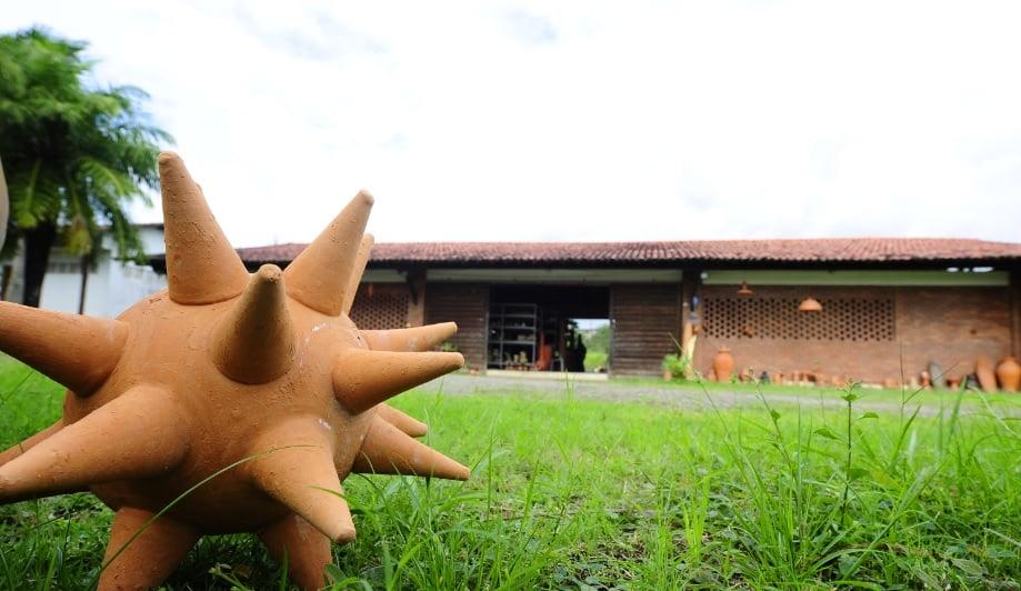 CENTRO2 - A arte em barro contada pelos Oleiros pernambucanos