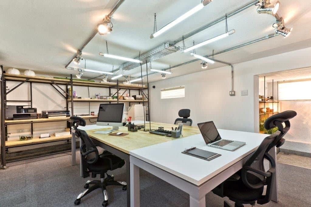 unnamed 90 1024x683 - Subsolo de antiga casa alemã vira um moderno escritório de arquitetura