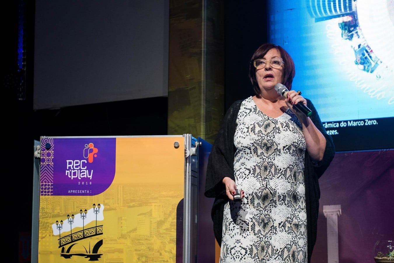 MÁRCIA CHAMIXAES - Evento internacional no Recife discute iluminação pública