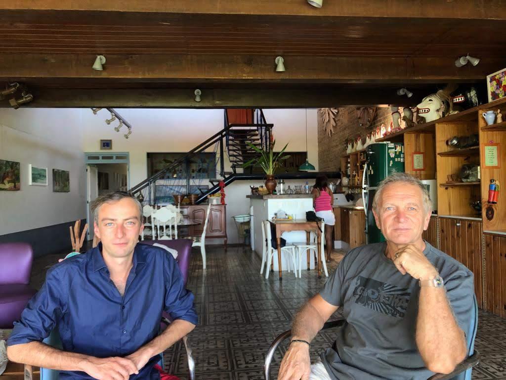 Curadores 2 - Curadoria franco-alemã realiza residência sobre Paulo Bruscky