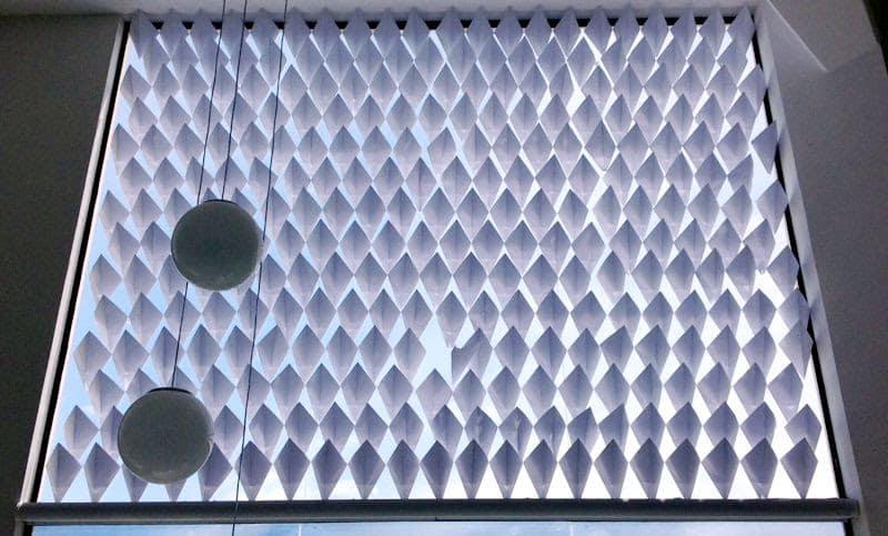 unnamed 37 - Dobradura de papel vira elemento de controle solar em SC