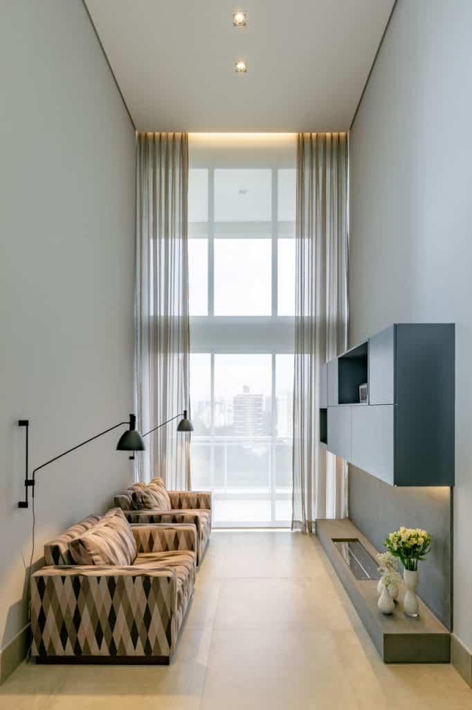 20180927 MarceloKahn 8153 Easy Resize.com 1 682x1024 - Projeto de duplex aposta na união do estilo minimalista e clássico
